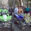 Кмет и поп водят летийното шествие с АТВ-та, снимка: kardjali.bgvesti.net