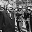 Димитров поздравява армията