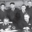 Тито и Димитров подписват договор за приятество между Югославия и България