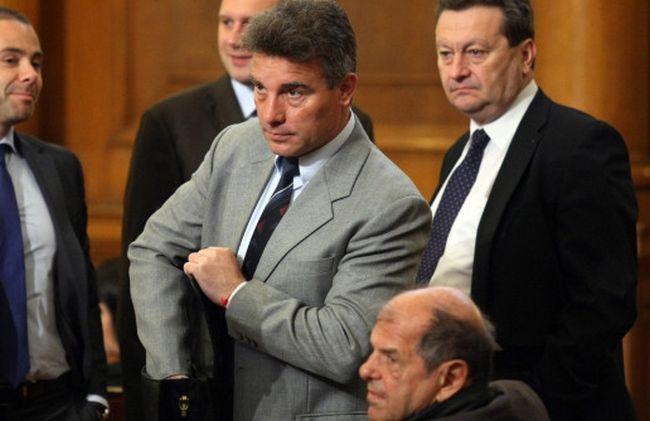 Иво Христов в компанията на депутати от БСП, снимка bТВ