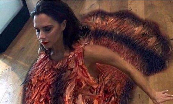 Виктория Бекъм в костюм на пуйка за Деня на благодарността, снимка: Instagram