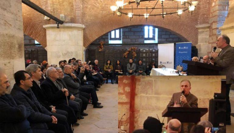 Турският Решетников по време на срещата в Измит