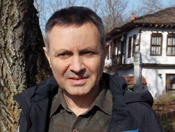 Борислав Скочев