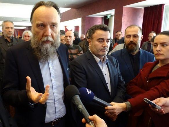 """Александър Дугин и лидера на """"Единна Македония"""" Янко Бачев"""