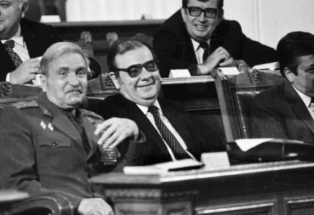 Добри Джуров и Петър Младенов  (1989 година)