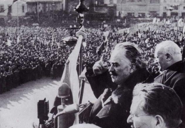 Масовото изследване на неудобни за комунистическия режим семейства в България започва през 1946 г. след връщането на комунистическия лидер Георги Димитров (на снимката) от Москва и оглавяването на правителството от него | Източник: desehistory.com.
