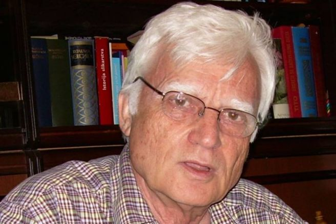 проф. Иван Чолович