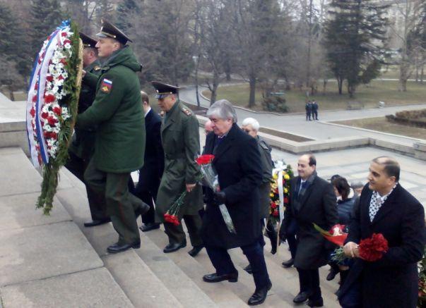 Депутатите на БСП изоставиха Анатолий Макаров, снимки: Faktor.bg