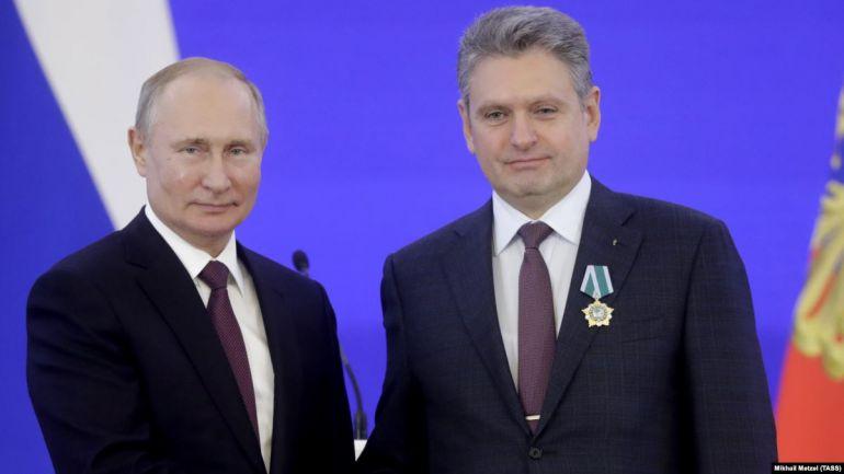 Путин награди Малинов за заслуги към Кремъл
