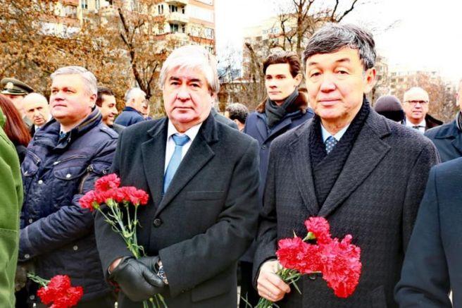 Сн фейсбук на Руското посолствоимки: