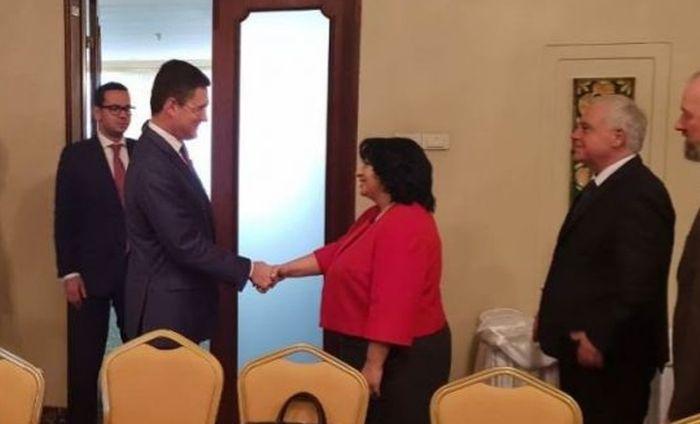 Теменужка Петкова се срещна с Андрей Лихачов, снимка: пресцентър на министерство на енергетиката