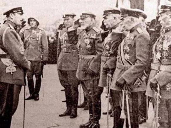Цар Борис с генералите