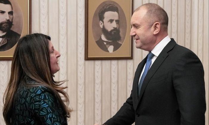 Радев и Мустафа, а Ботев и Зарий Стоянов ги гледат изпитателно