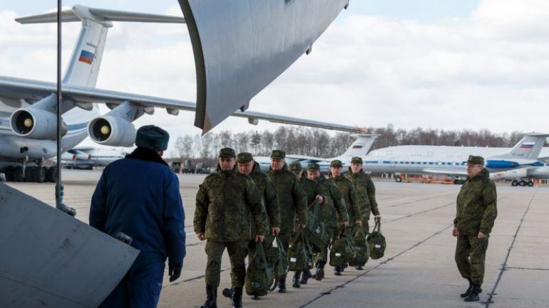 Вместо парамедици в Италия кацнаха спец агенти на руските служби
