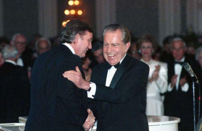 Историческа снимка - големият Ричард Никсън и младият Доналд Тръмп