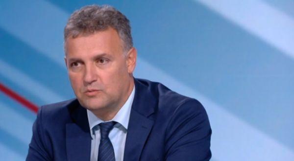 Валентин Николов