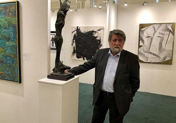 Биеналето за изкуство в Лондон аплодира Вежди  Рашидов и неговото творчество