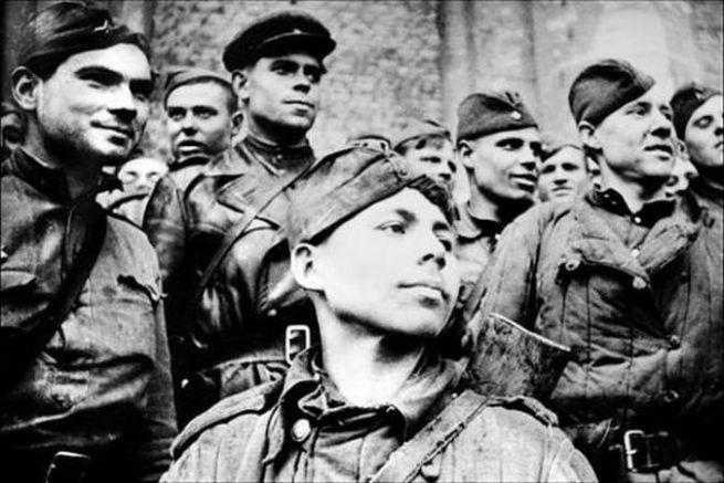 Истинските герои, които режимът на Сталин подменя