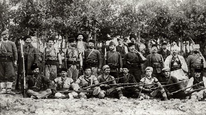 Войводи и четници от Кресненско-Разложкото въстание